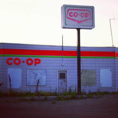 #Abandoned #CO-OP #GasStation in #Dubuc #Saskatchewan  (Taken with Instagram)