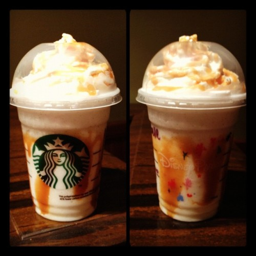 Vanilla Bean Frappucino w caramel. definitely DA BOMB💣 #starbucks #frapp @dsalangsang  (Taken with Instagram at Fiddler, Fifer & Practical Café)