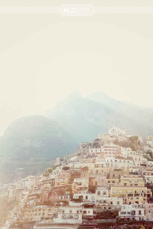 TAKE ME BACK TO POSITANO, ITALY.
