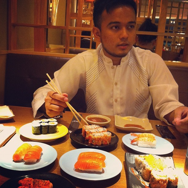 Munggahan w/ @By_SECRETVIP 🍣🍴#instagram #instafood #sushi #boyfriend #love (Taken with Instagram)