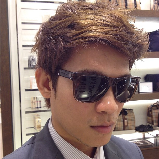 #burberry #shade #sunglasses  (Taken with Instagram at Burberry)