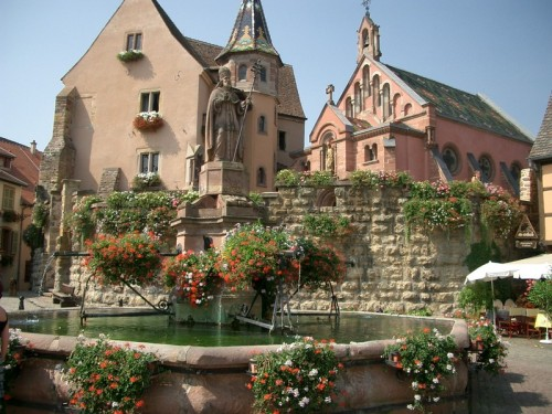 (via eguisheim, a photo from Alsace, East | TrekEarth) Eguisheim, Alsace, France