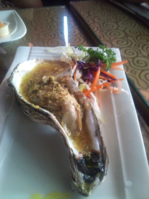 Baked Oyster in Garlic Butter