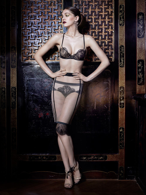 bellabellaboutique:  La Perla AW12 collection. Loving this set, it's so feminine and pretty!  So delicate… I could use this in my life