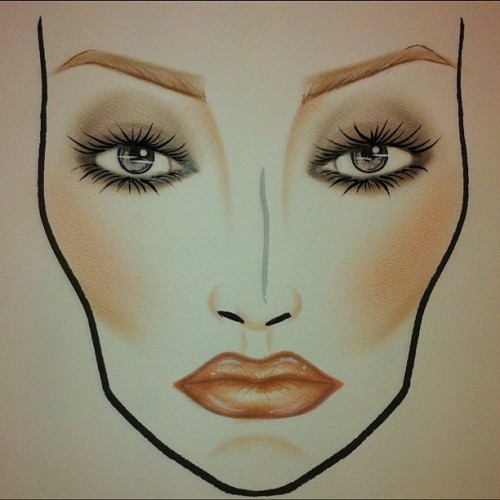 #facechart #maccosmetics #makeupartist #makeupart #makeup #design #instagood #iphonesia #ilovemaciggirls  (Taken with Instagram)