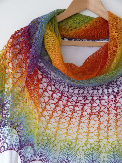 purewhitetulip:  Personal Rainbow hand knitted shawl by MadelinesWardrobe on Flickr.  ahhhh this is gorgeous!