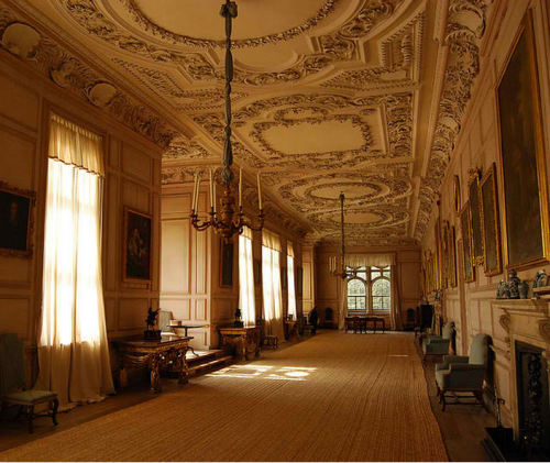 a-l-ancien-regime:  The Long Gallery, Sudbury Hall National Trust property, Ashbourne, Derbyshire