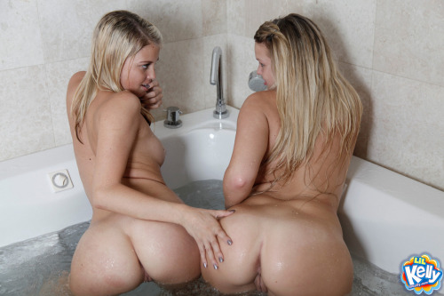 Ever since I and my cousin were babies, we bathed together.  In came to a point that we would feel lost if one of us is taking a shower!  It could get that freaky.  But most times, we like going to the tub, just like always and taking a hot nice soak.  It never fails to completely relax us.  Sometimes, of course, there's a little mischief.  But we just go back to the soak and let the stresses of the day dissolve out of our bodies.