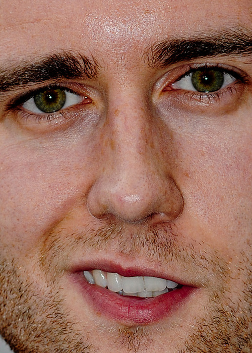celebritycloseup:  matthew lewis