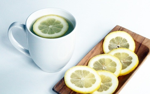 Why you should drink warm water with lemon