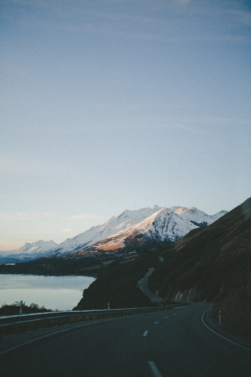 I get a kick out of reblogging myself. I won't lie. eloquentem:  on the road (by ondressingup)
