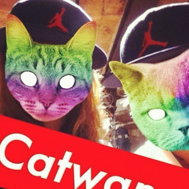 С @mashada. #catwang #nike #swag #arbat (Taken with Instagram at Караоке-бар)