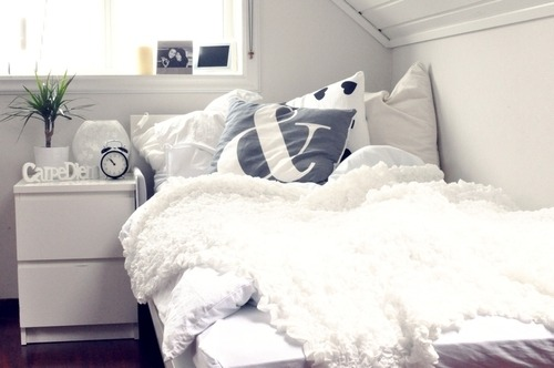 skinny-thoughts:  That just looks so cozy.