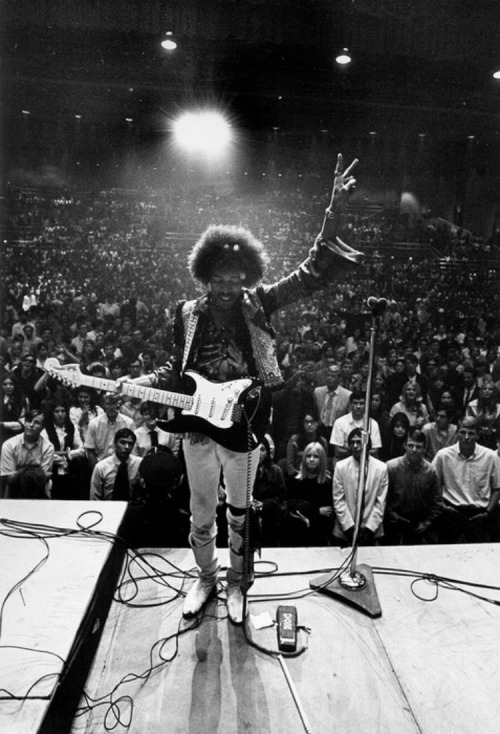 Jimi Hendrix live on stage Jimi Hendrix performs on stage with his Fender Stratocaster electric guitar at the Civic Auditorium on October 26, 1968 in Bakersfield, California. Photography by Michael Ochs Archives