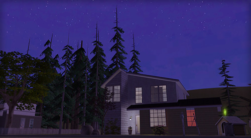 It's back! My legacy house is now back in business! :D