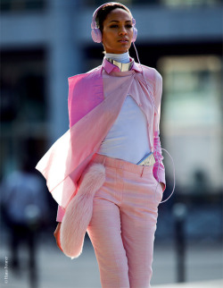 fashiontechsavvy:  Model Off Duty Joan Smalls in shades of pink.