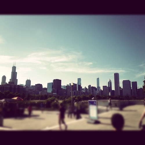 I wish I lived here #chicago #beauty #gorgeous #architecture #buildings #city #windycity #chitown #ilovemycity #makesmecry  (Taken with Instagram)