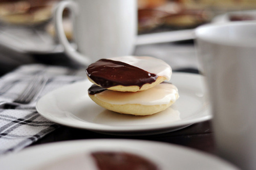 dietkiller:  Black and White Cookies