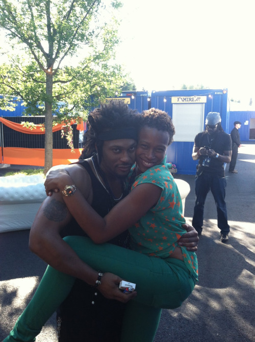 D'Angelo & His Tour Manager, Tina Farris 😍