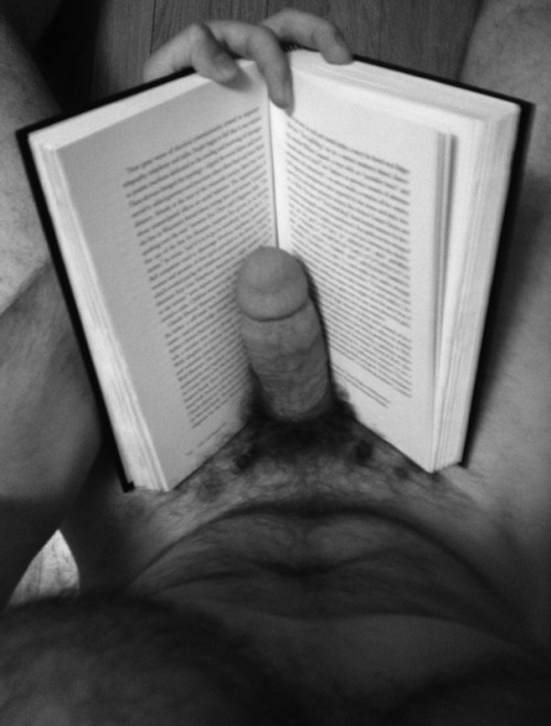 bookharem:  From the Librarian: Oh how wonderful!! What a fabulous first submission to the harem! Would anyone else care to join this oh so sexy man in the book harem?! Feel free to submit. <3    He must be reading one of my stories… :D