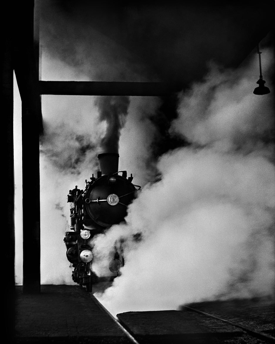 travelparty:  Rail Magic, 1949, by René Groebli.