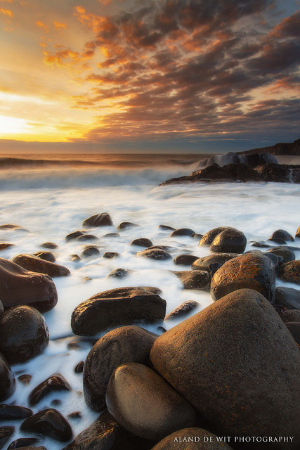 Rocks and Sun by aland67 on Flickr.