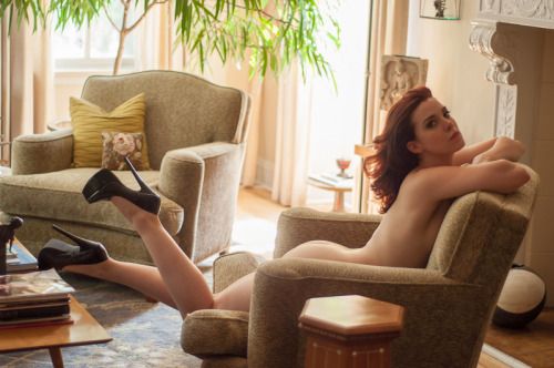 theresnoplacelikeyourmouth:  Lounging in sky high heels on a sunny afternoon…by Reggie Pullman // Chicago, IL