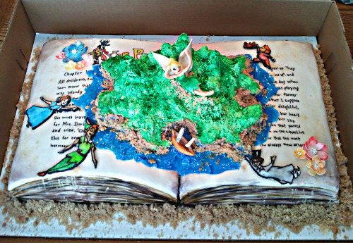 disneycakes:  Peter Pan Cake (by EnviCakes)