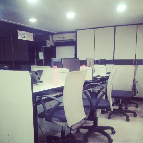 Suddenly staff disappeared when I was busy on twitter *yawn* (Taken with Instagram at Fetise.com)