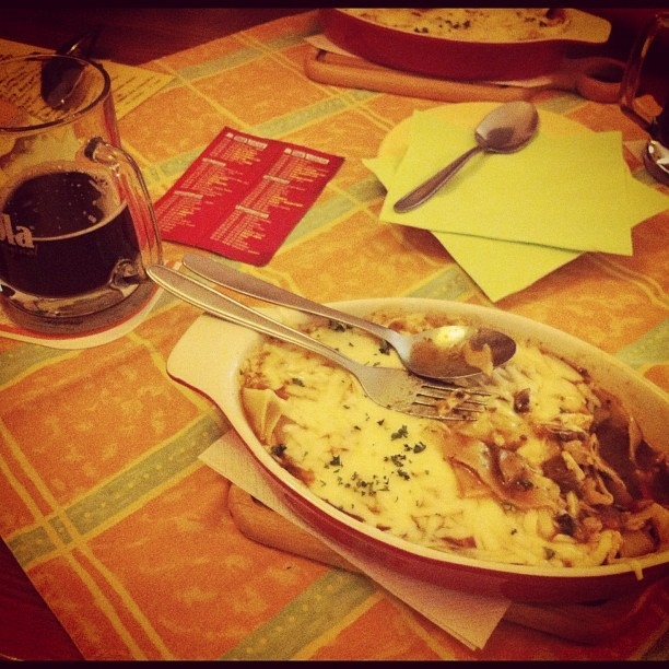 K obedu Lasagne ! #obed #lasagne (Taken with Instagram at Bílá Vrána)