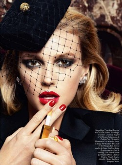 thecysight:  VOGUE PARIS AUGUST 2012 Sigrid Agren by Claudia Knoepfel & Stefan Indlekofer
