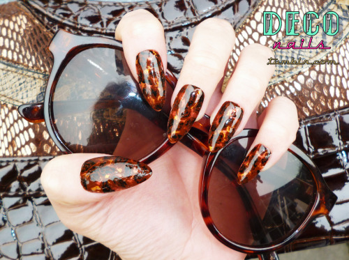 deconails:  Tortoise Shell Nails
