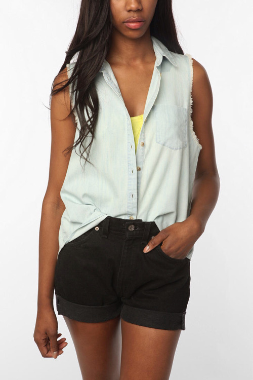 BDG Sleeveless Chambray Shirt - Light Denim $49.00