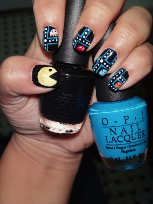 Inspired by the classic game, Pacman, using OPI's Black Onyx and Ogre the Top Blue!Enjoy! :)