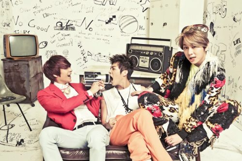"Source; CUBEUNITED Facebook     [BEAST] 5th EP ""Midnight Sun"" Official Photos"
