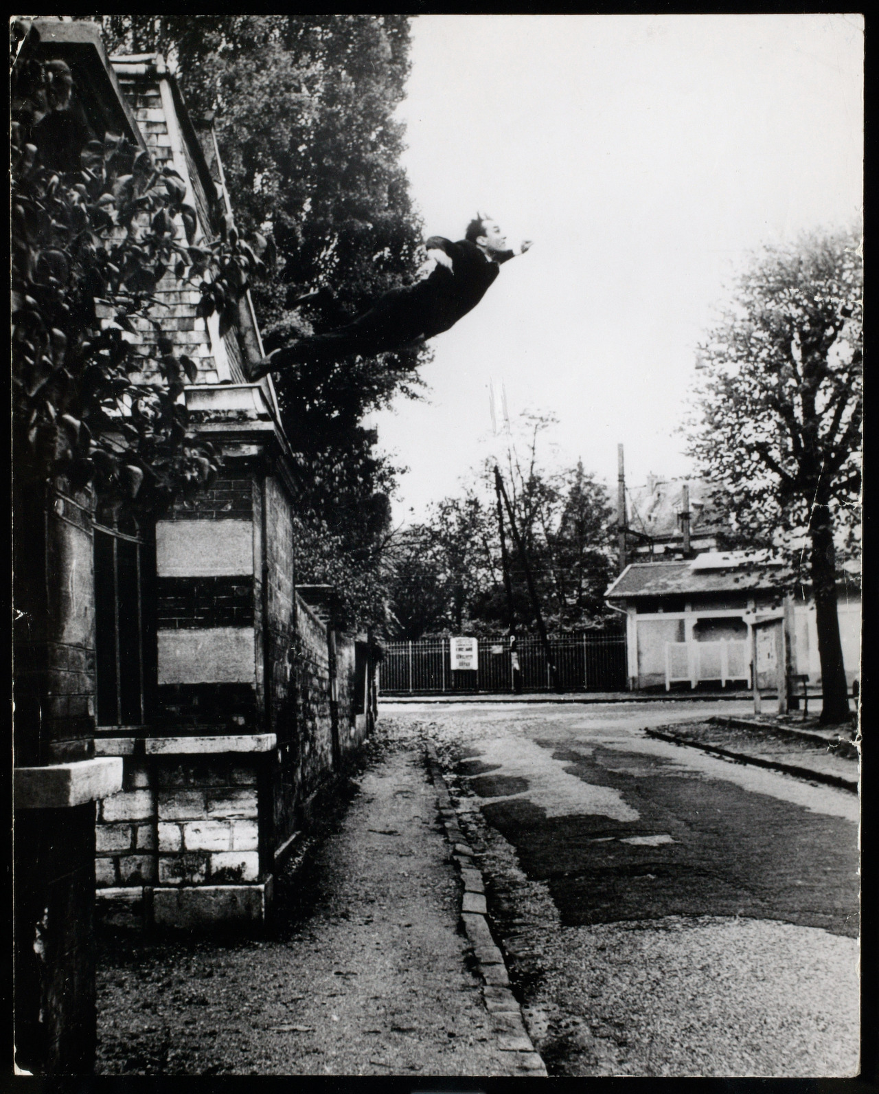 laura-morrow:  Yves Klein Obsession de la levitation (Leap into the void), 1960