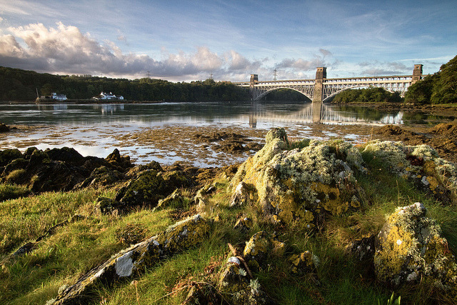 ar lan y fenai by i.m.j. on Flickr.Britannia Bridge, North Wales Coast Line.