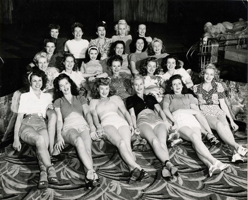 A roomful of Earl Carroll Vanities Showgirls c. 1940's photo by Joseph Jasgur