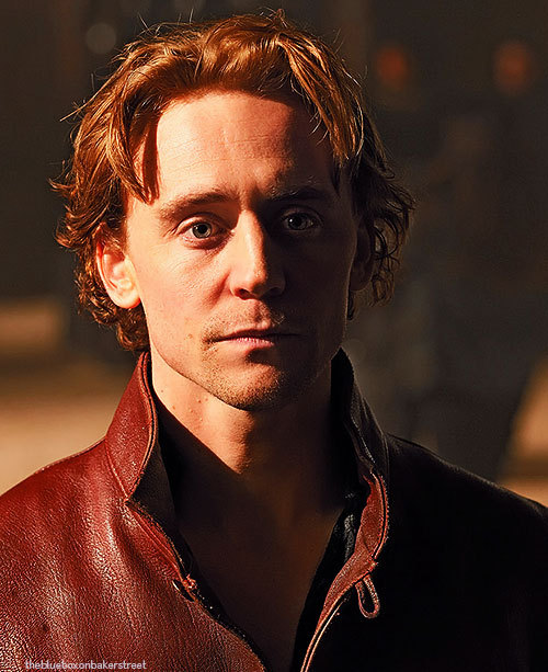 ♦ Tom Hiddleston - 41/100