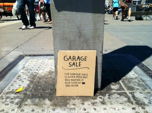 GARAGE SALE : EVERYTHING MUST GO ON http://bit.ly/NJWGAZ