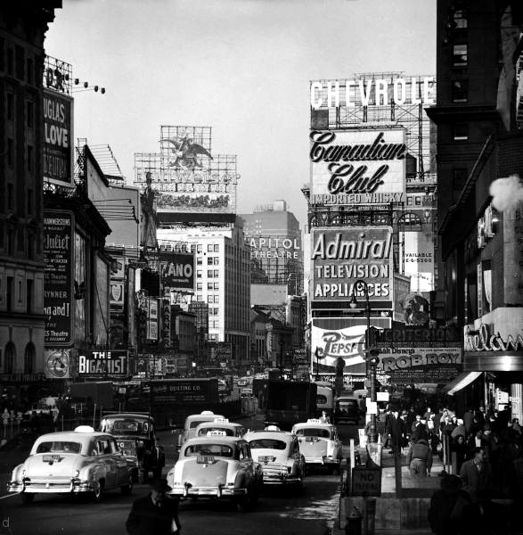denisebefore:  Times Square; Night and Day feininger 1954