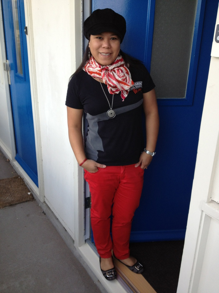On me today … Shirt - vintage Red jeans - MNG Flats - Steve Madden Hat & scarf - C&A Leather bracelet - Prada Watch - Tommy Hilfiger Necklace & earrings - Mexx