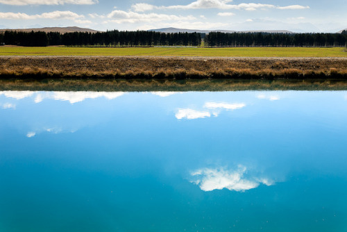 illusionwanderer:  Tekapo Canal by Paul.Simpson on Flickr. New Zealand