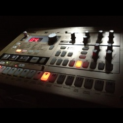 This Korg Electribe S mk2 is an awesome instrument that I happen to be selling…