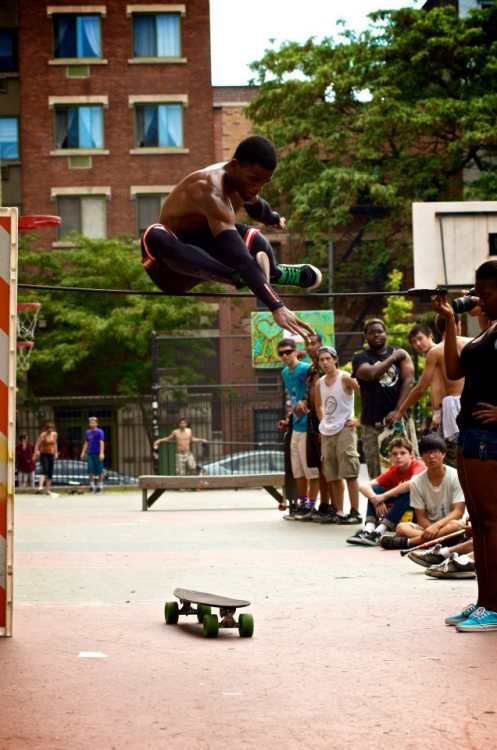 everydaylongboard:  Kiefer Dixon with a monster jump at the 3rd annual Mini Bomb 2012  holy…