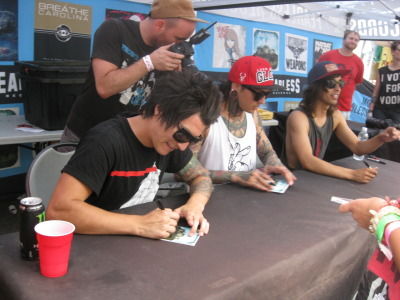 honestly meeting them was perfect, too bad mike was sick :c good thing he is feeling better now though. i'd rather him be healthy then sick.