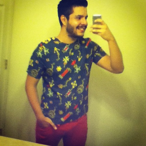 Happy bday to me #ootd #bday #shirt #vintage #red #style #fashion #gay  (Taken with Instagram)