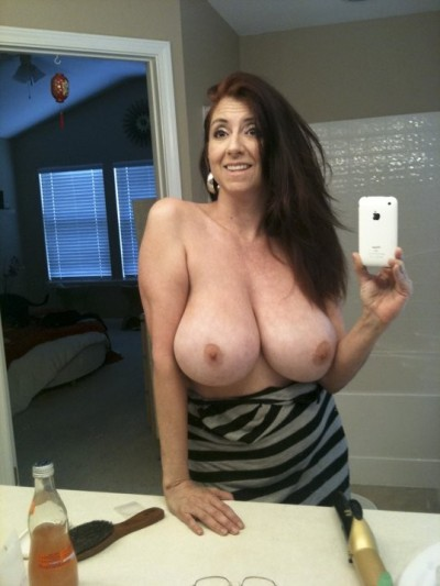 OMG… #BOOBS #MELLONS