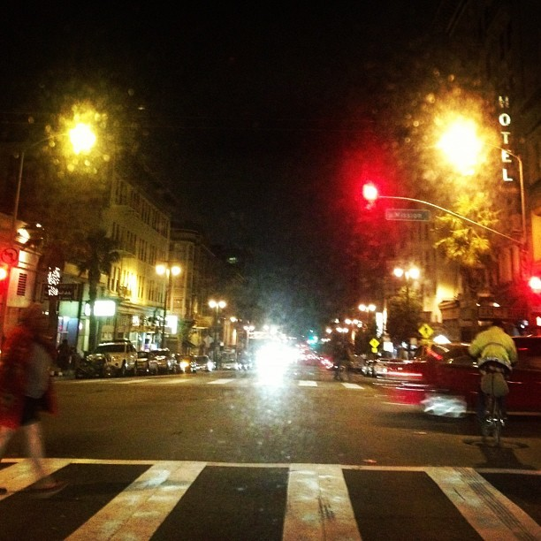 #6thStreetFlow #SF #Soma the hustle continues….. (Taken with Instagram)