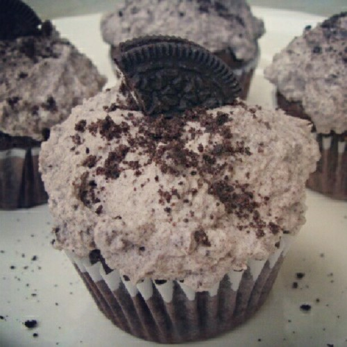 Yummy..!  #Yummy #oreo #cupcake #delicious #yummy #awesome #international  (Taken with Instagram)